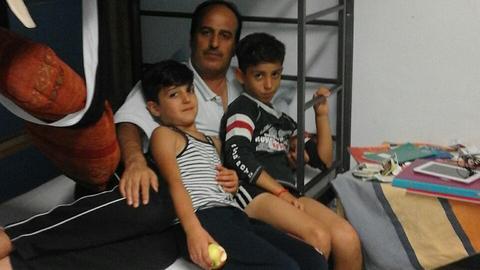 Träumt von der Wohnung und möchte gerne arbeiten: Salih Al Soltan