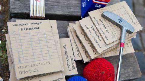 Minigolf Schläger und Punktezettel