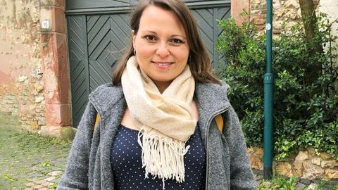 Claudia Schmitz aus Hochheim ist schwanger und möchte sich impfen lassen