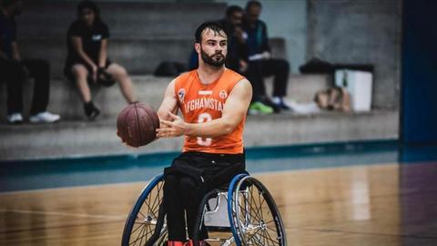 Shahpoor Surkhabi beim Rollstuhlbasketball für die Nationalmannschaft Afghanistans
