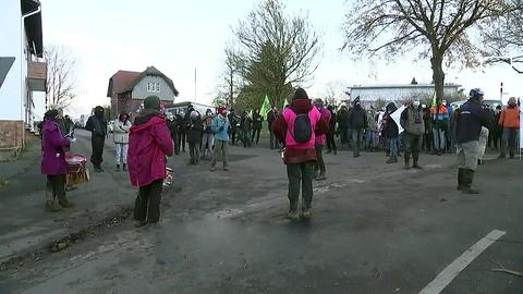 Protest im Dorf Dannenrod.