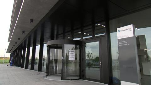 Fraunhofer Institut für Bioressourcen eröffnet in Gießen