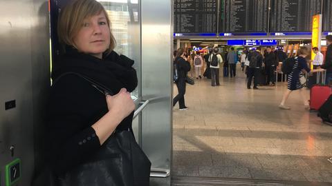 Streetworkerin Kristina Wessel am Frankfurter Flughafen