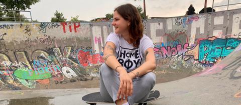 Miriam Kassis in der Bowl im Hafenpark Frankfurt