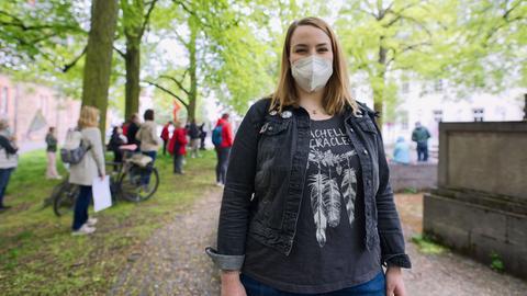 Pflegerin Julia Schröckert aus Lich, 22 Jahre alt
