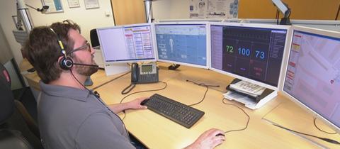 Tele-Notarzt in der Zentrale in Aachen.