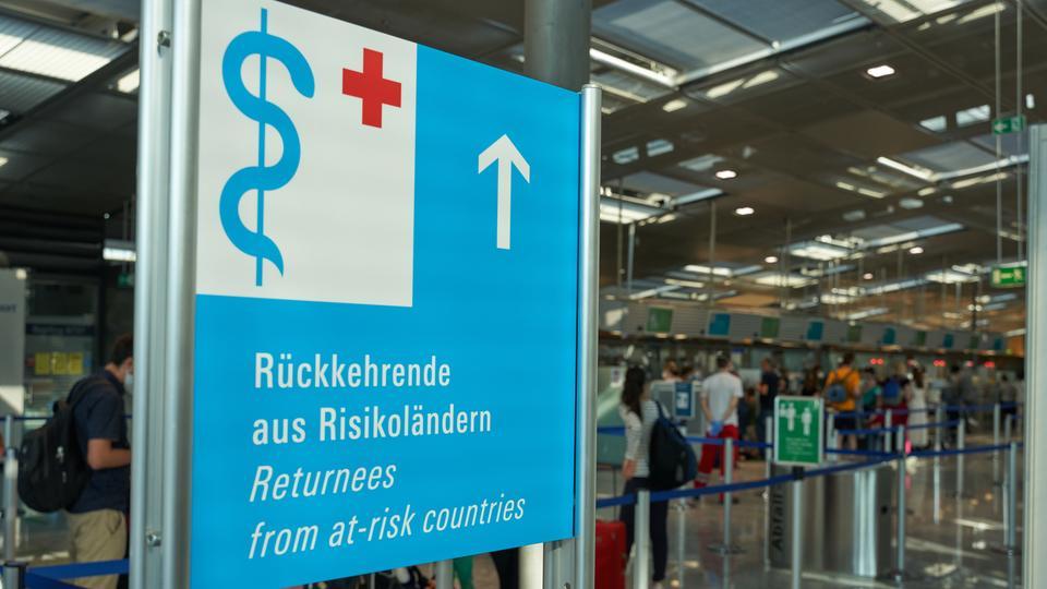 DRK Corona-Test-Center am Frankfurter Flughafen
