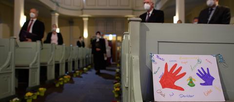 Gottesdienst in Volkmarsen ein Jahr nach der Attacke am Rosenmontag