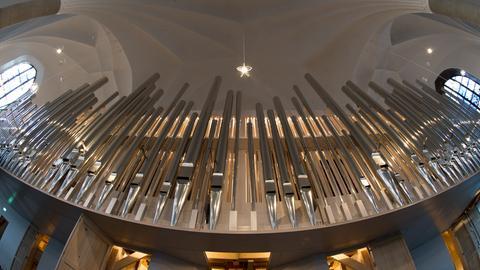 Aufbau der Orgel in der Martinskirche Kassel