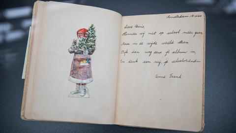 Poesiealbum einer Freundin, in das Anne Frank geschrieben hat