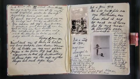 Ein Faksimile des Tagebuchs der Anne Frank.