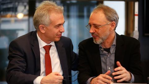 Oberbürgermeister Peter Feldmann (SPD), MOMEM-Direktor Alex Azary