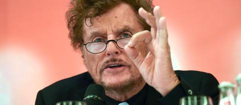 Dieter Wedel spricht als Intendant der Bad Hersfelder Festspiele