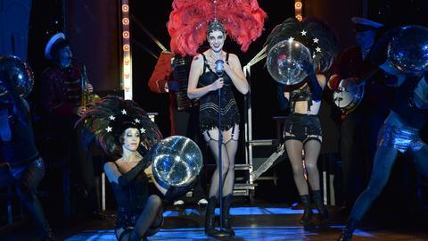 Musical-Darstellerin Bettina Mönch auf der Bühne der Bad Hersfelder Festspiele.