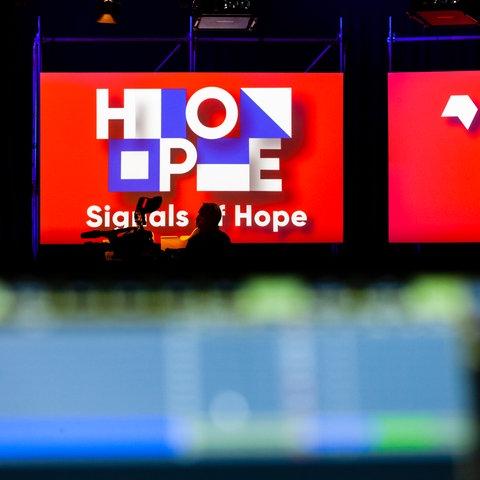 """""""Signals of Hope"""" - könnte auch als Motto für die Buchmesse 2021 dienen."""