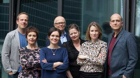 Jury Deutscher Buchpreis 2017: v.l.n.r.: Tobias Lehmkuhl, Maria Gazetti, Katja Gasser, Lothar Schröder , Silke Behl, Mara Delius, Christian Dunker
