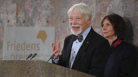 Jan und Aleida Assmann bei ihrer Friedenspreisrede