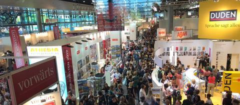 Innenansicht Halle 3 der Frankfurter Buchmesse