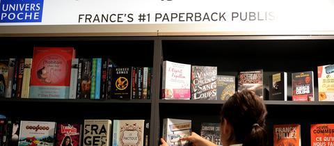 Stand mit französischen Büchern auf der Frankfurter Buchmesse