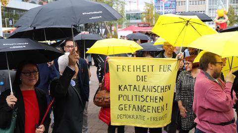 Demonstranten auf der Frankfurter Buchmesse