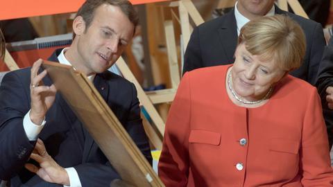 Merkel und Macron auf der Buchmesse