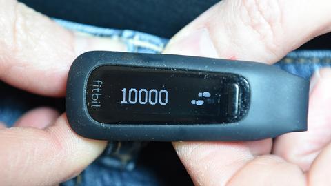 Schrittzähler mit Stand 10.000