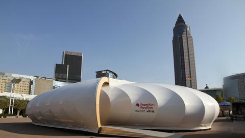 """""""Frankfurt Pavilion"""" von außen"""