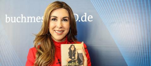 Unternehmerin Judith Williams weiß, wie man Produkte an den Mann bringt.