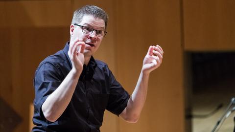 Chorleiter Ernie Rhein