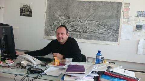 Freut sich über die Zusammenarbeit mit der Kasseler Kunsthochschule: documenta-Künstler Zafos Xagoraris