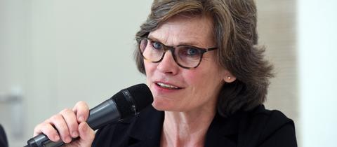 Annette Kulenkampff, Geschäftsführerin der documenta