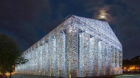Der Parthenon der verbotenen Bücher in Kassel