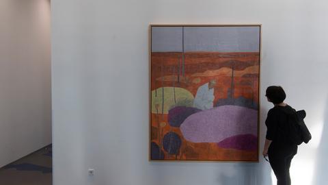 """Das Werk """"Landschappeling"""" des belgischen Künstlers Hans Vandekerckhove in der Zentrale der EZB in Frankfurt."""