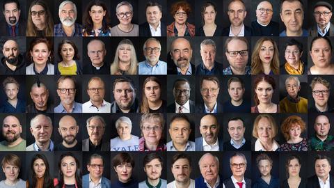 Ein Bild mit sehr vielen kleinen Portraits (aneinandergereiht) der betroffenen Menschen.