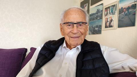 Porträtaufnahme von Peter Lissa, 102 Jahre alt