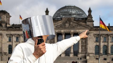 """Foto-Ausstellung """"Unwort des Jahres 2020"""""""
