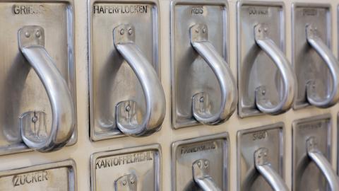 Frankfurter Küche museum zeigt restaurierte frankfurter küche hessenschau de kultur