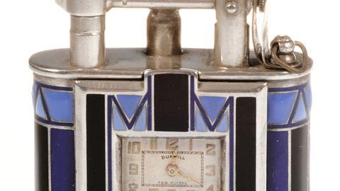 Historisches Feuerzeug mit Uhr der Marke Dunhill