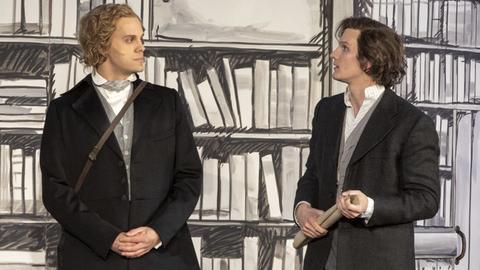 Brüder-Grimm auf der Bühne in Hanau