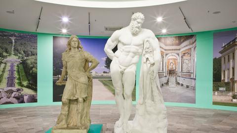 Raumansicht mit Statuen von Landgraf Carl in Hessen und dem Herkules