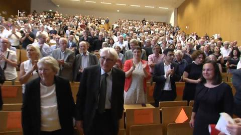 Philosoph Jürgen Habermas vor seinem Vortrag anlässlich seines 90. Geburtstags an der Uni Frankfurt
