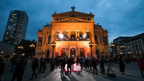 Roter Teppich vor der Alten Oper in Frankfurt