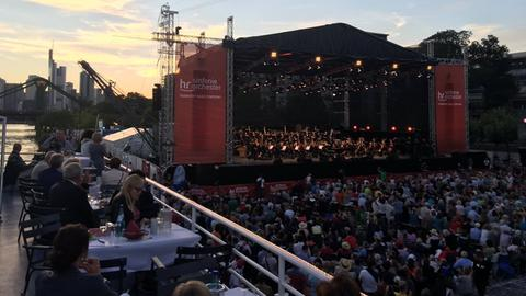 hr-Sinfonieorchester an der Weseler Werft