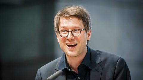 Jan Wagner als Gewinner des Preises der Leipziger Buchmesse 2015 am Rednerpult