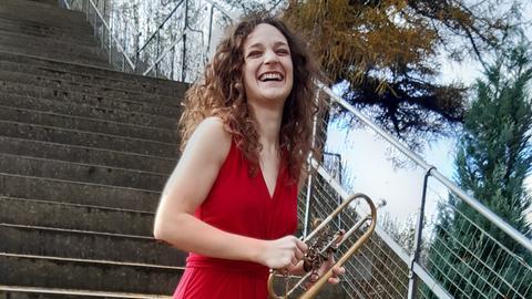 Ines Hartmuth mit Trompete