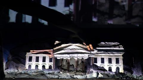 Installation zur US-Wahlnacht der Künstlerin Trisha Baga für Fridericianum