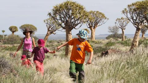 Familie Steingässer in Südafrika bei den Köcherbäumen
