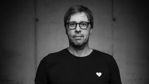 Der Darmstädter Fotograf Jo Henker.