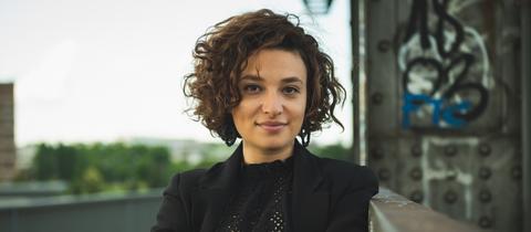 Laura Cazés