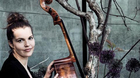 Cellistin Anna-Lena Perenthaler